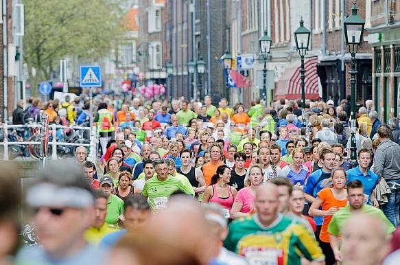 de Golden Tenloop 2013 Delft menigte